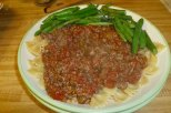Pasta With Salsa Alla Bolognese & Green Beans