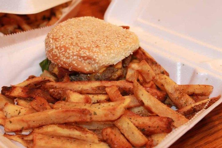 king's palm frites burger